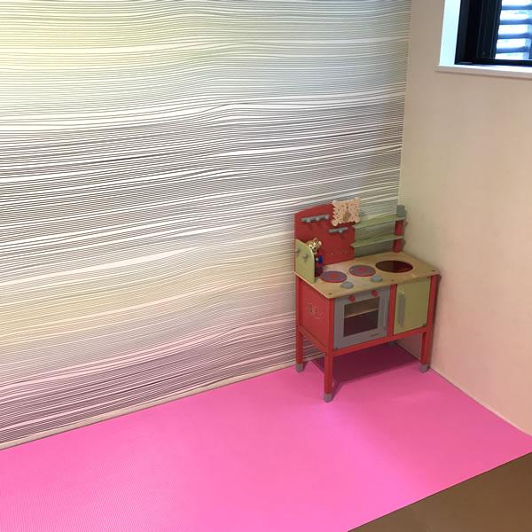 ピンク ビニールマット 使用画像